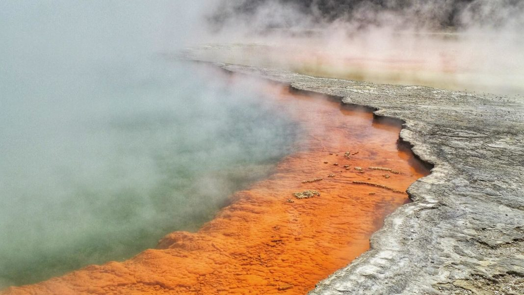 geothermal energy ground heat pump